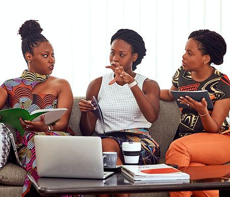 women-talking-to-each-other-3894383.jpg