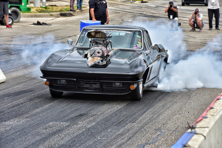 Roadkill Nights takes over Woodward Avenue and Diezel Magazine takes on the Challenge.