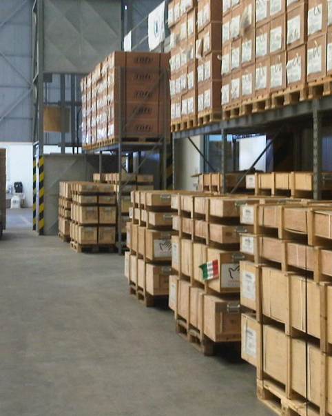 STORAGE & WAREHOUSING