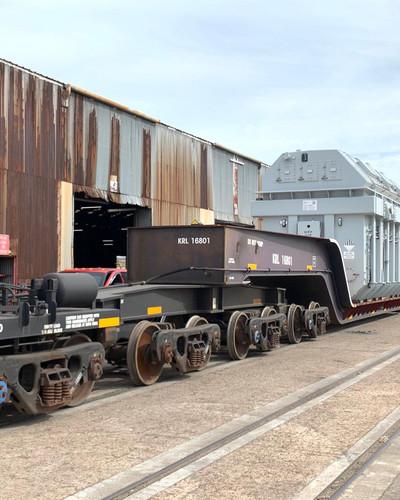 REVOLUTIONARY RAIL CAR TRANSPORT