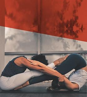 Acro_Yoga.png