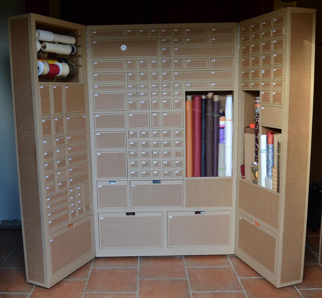Armoire-carton-loisirs-creatifs.JPG