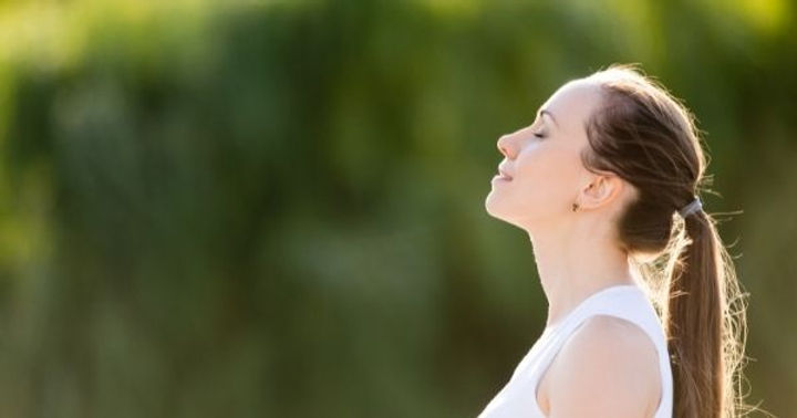 Social Share - 7 Easy Mindfulness Practices to Ease Your Stress.jpg
