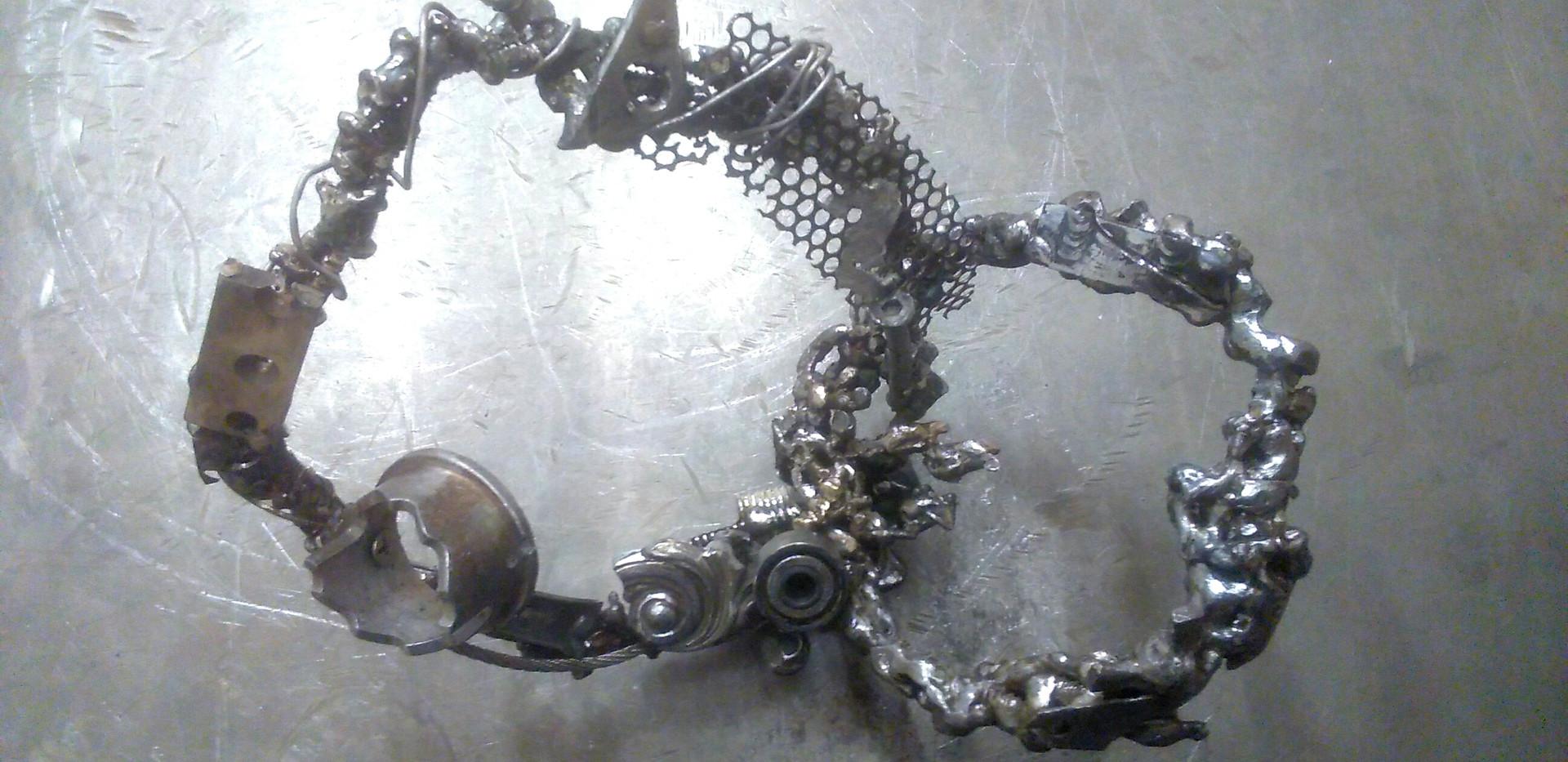 A Double Wreath_welding materials