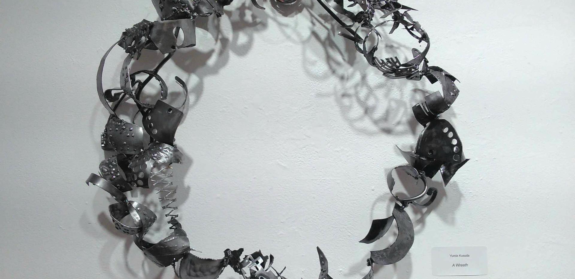 A Wreath_24x24x5_welding metals