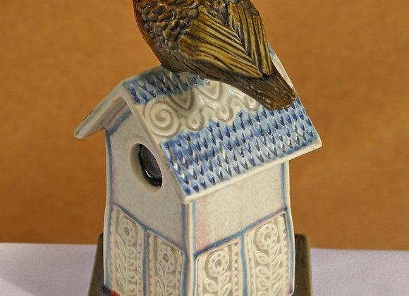 Fence Tile: Single Birdhouse, red, blue tile
