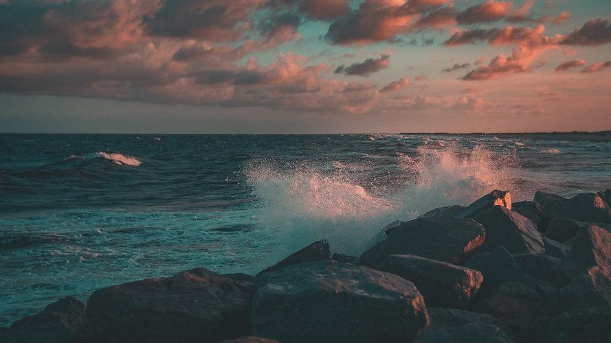 Wave hit 3.jpg