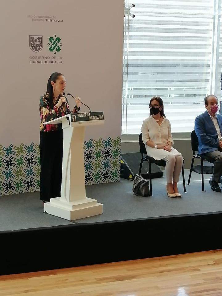 La Dra. Tania Rodríguez durante inauguración de memorial por el jueves de corpus.