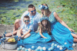 fotografia-rodzinna-warszawa-w-kolorach-niebieskich.jpg