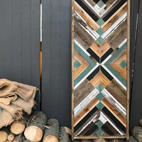A custom called Woodstack