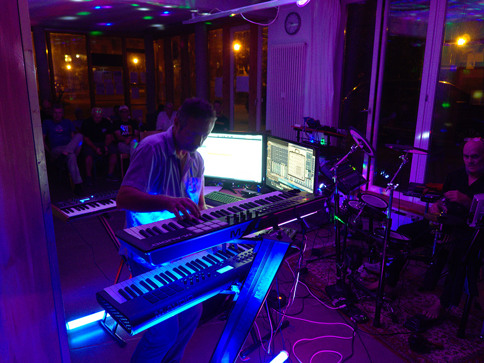 Sequentia Legenda Live in HAPPY KEYS