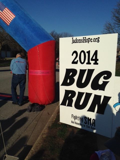 2014 Bug Run Sign and Starting Line