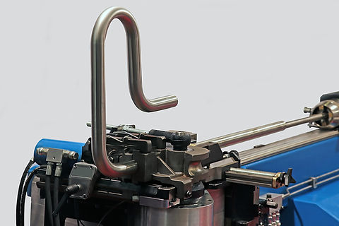 tube bending. industrial bender equipmen