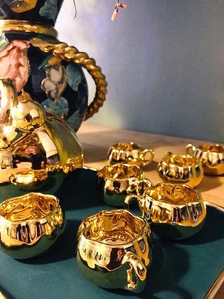 Service à liqueur en porcelaine dorée, Limoges