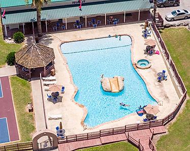 Summit Resort Swimming Pool Photo