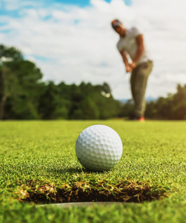 Golfing For Gals To Benefit UNC Lineberger