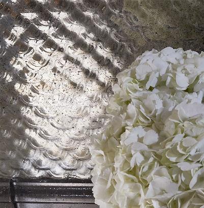Mirrored Interiors Scalloped Texture