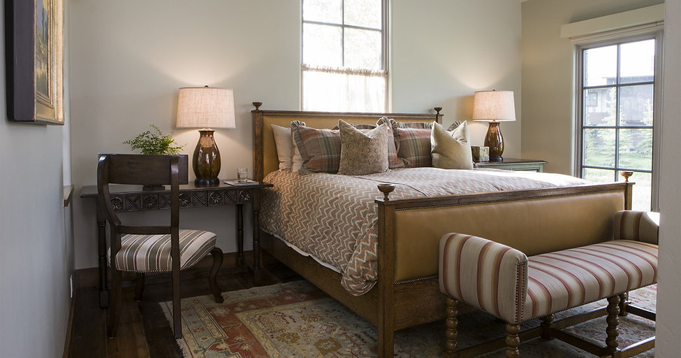 Michael Trent Coates Bedroom Furniture
