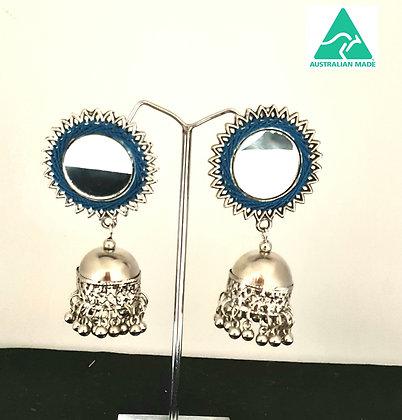 Mirror stud jumkhas with thread work