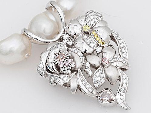 PTカラーダイヤモンドフラワーネックレス