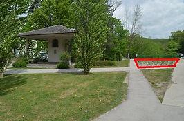 Marienkapelle Blumenbeet Liste Baum & Grüne