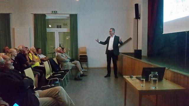 Vortrag   Univ.-Prof. Dr. Klaus Hackländer zum Thema Artenschutz