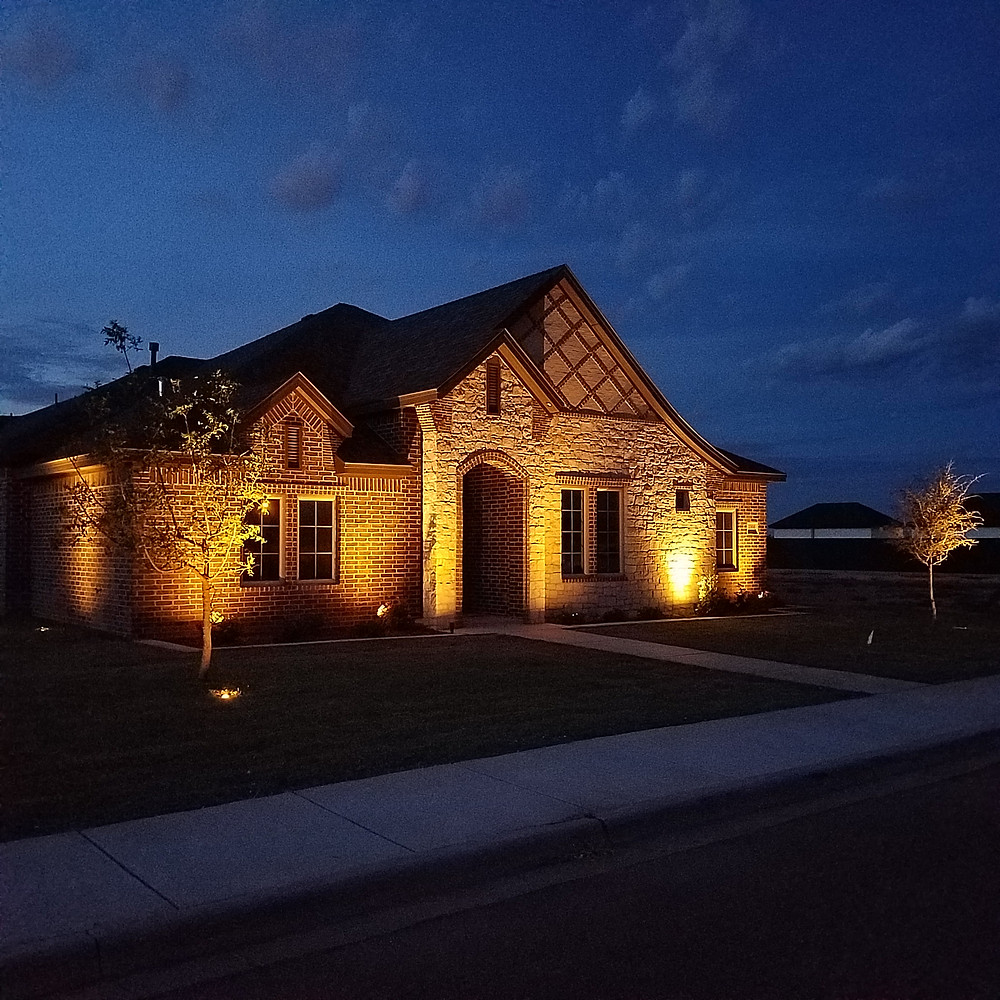 West Texas Outdoor Living, LLC Lubbock exterior lighting experts Kelsey Park home