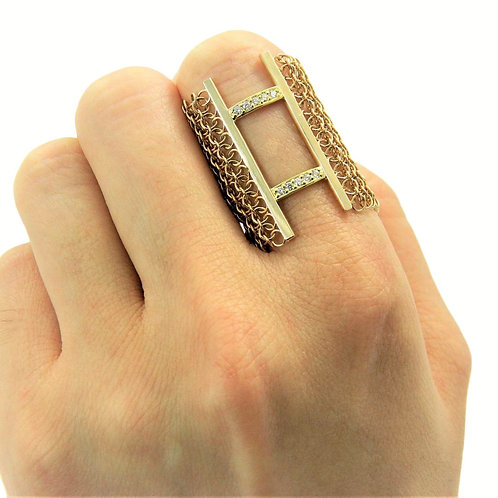 18K gold chainmail and diamond ring