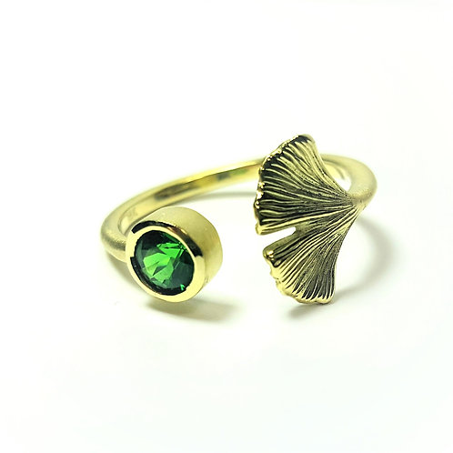 Adjustable open Ginkgo ring with Tsavorite