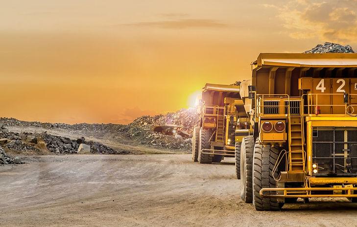 multistream-trucks-mining-mine.jpg