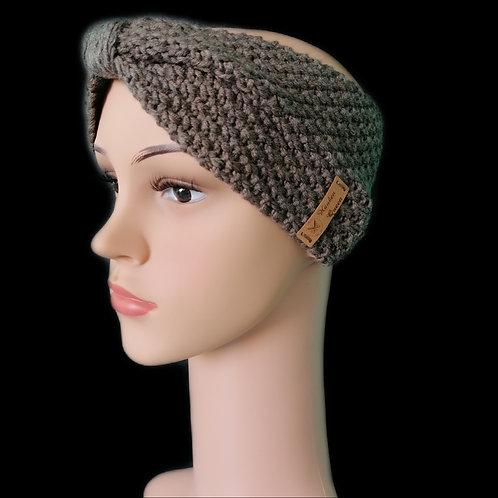 Modell Gipsy Stirnband handgestrickt Holz meliert