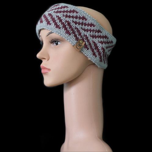 Modell Zoey Stirnband handgestrickt silber/burgund