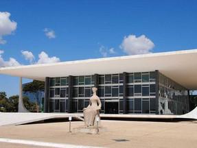 Empresa pode ser multada por excluir ICMS da Cofins