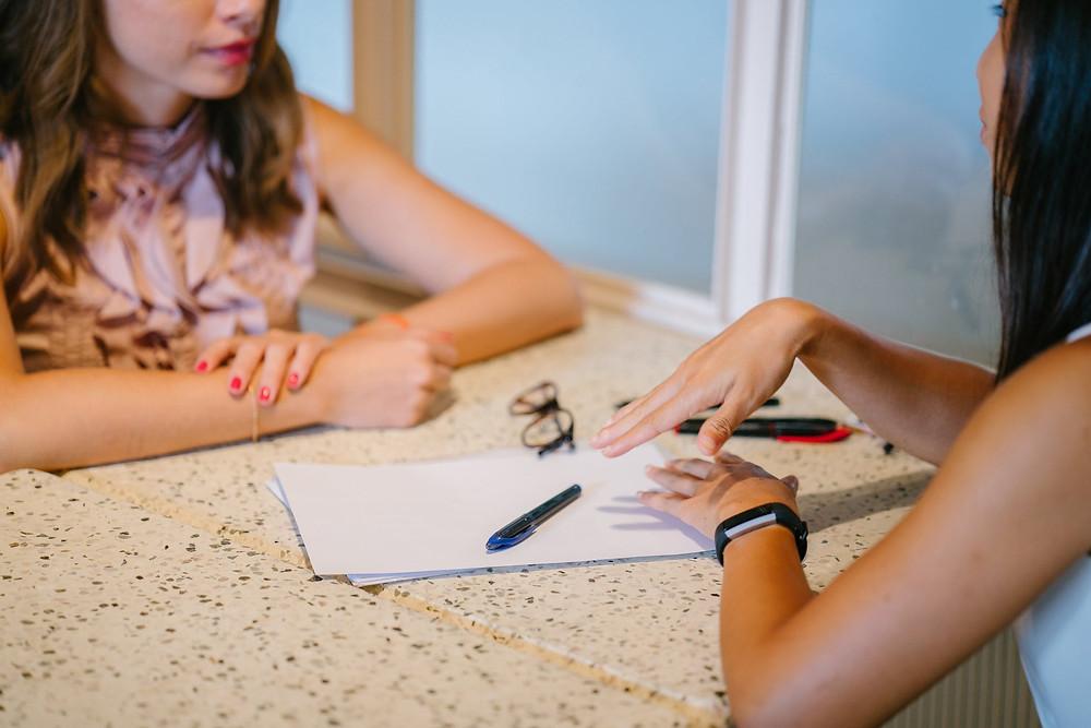 Frauen Besprechung Projekt