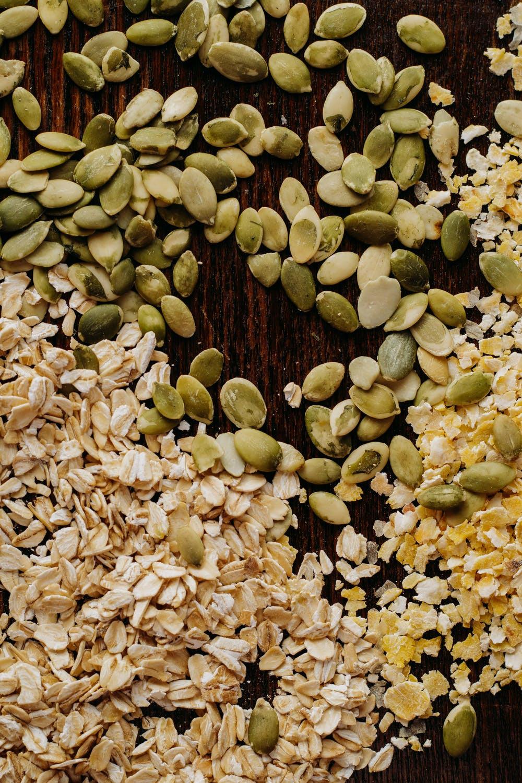 Seeds Körner Haferflocken Nüsse