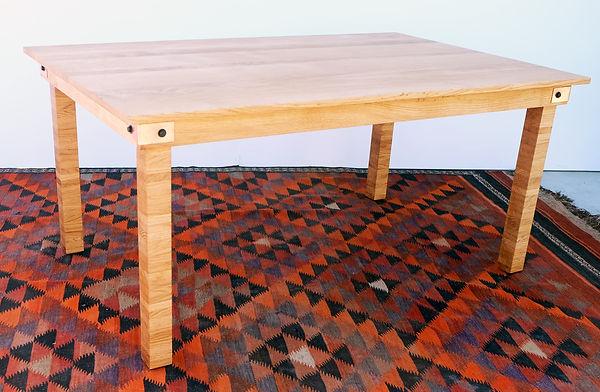 oak table 1.jpg