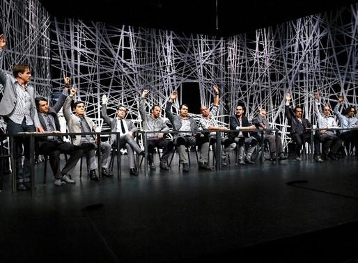 t. est le nom de la nouvelle association pour le théâtre professionnel en Suisse