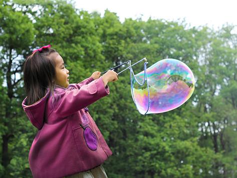DIY Giant Bubble Recipe – Fun Summer Activity