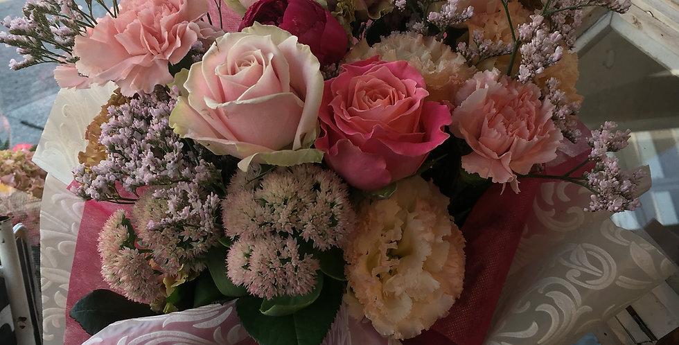 商品名 ローズブーケ(バラと季節のお花)rb-5
