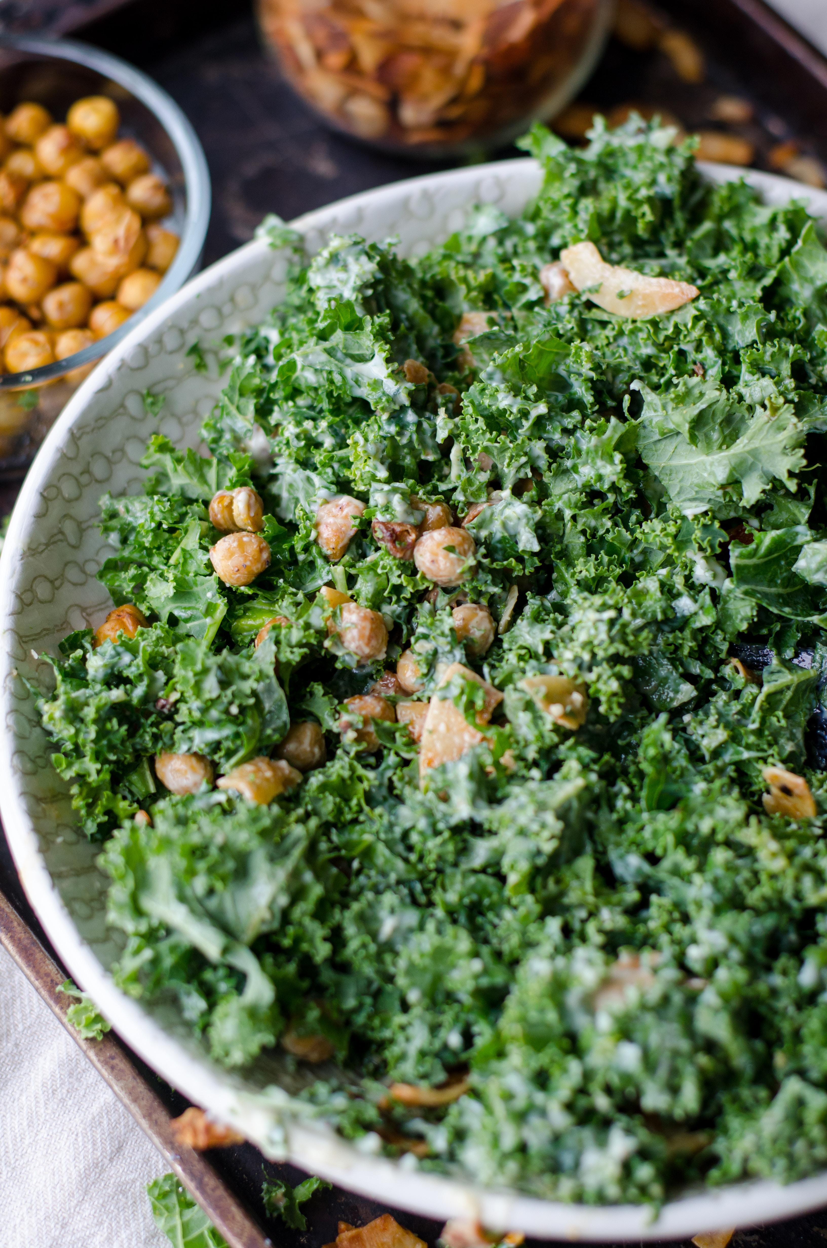 Kale and Chickpeas Salad