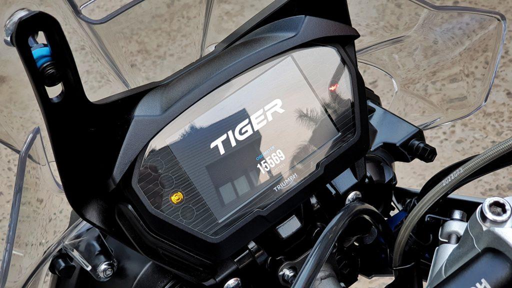 TRIUMPH TIGER 800 XCX