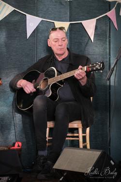 Jiggerty - Chris (guitar)