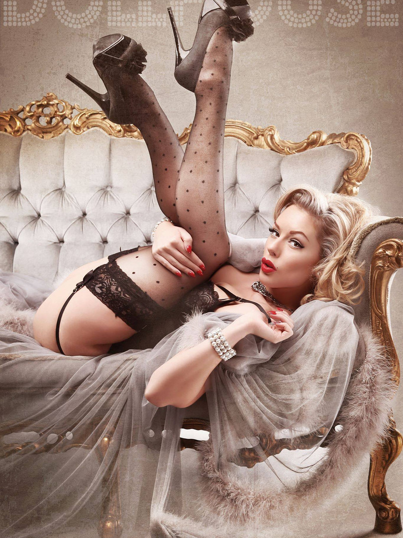 Pin-up Model Heather Valentine