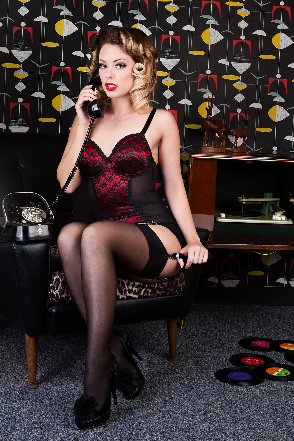 Heather Valentine Vintage Pin Up Model Striptease by The Pinup Academy | Featured in Pinups & Kustoms Magazine