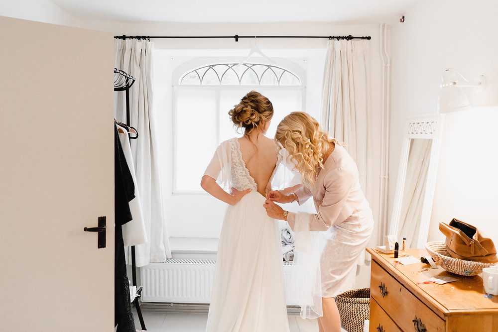 Bridal Prep Wedding Photography Award Winning Wedding Photographer