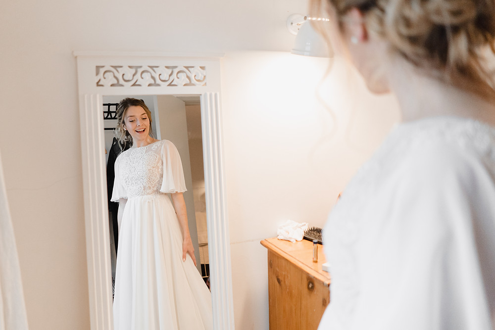 Bridal Prep Wedding Photography. Heather Bailey Award Winning Wedding Photographer