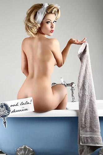 Bathtime Pinup