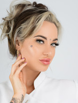 Sabrina Armour Semi-Permanent Make Up Artist