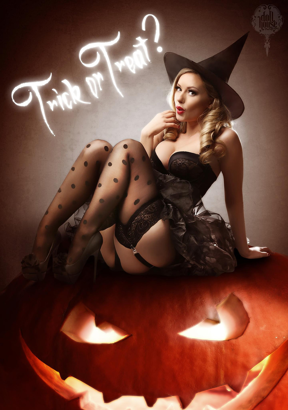 Halloween Witch Pinup | Heather Valentine Pin Up Model By Dollhouse Photography