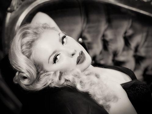 Hollywood Glamour Vintage Pinup #1